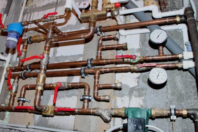 Brasagem de tubos de cobre