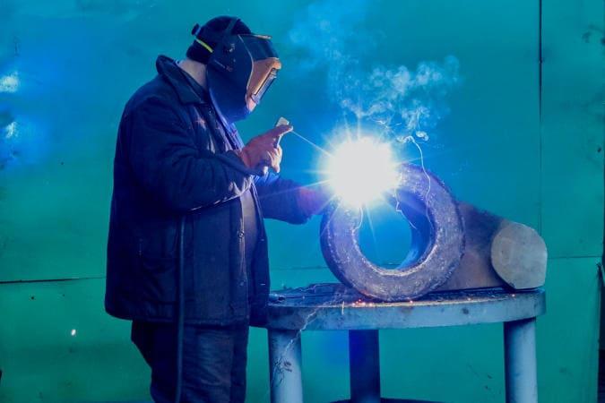 Recuperação do ferro fundido com eletrodo de níquel